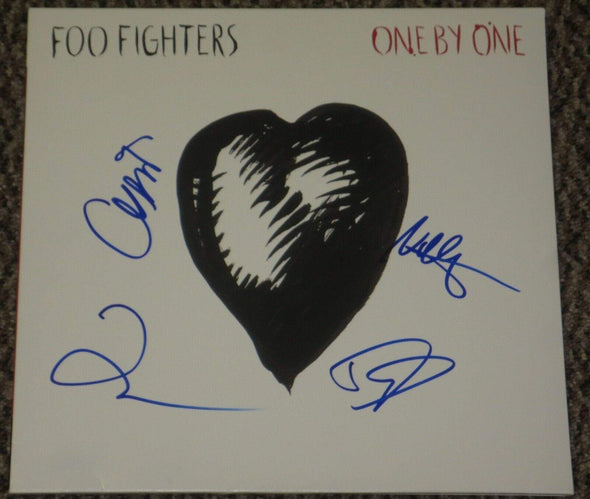 Dave Grohl, Nate Mendel, Taylor Hawkins, Chris Shiflett of Foo Fighters Authentic Autographed Vinyl Record - Prime Time Signatures - Music