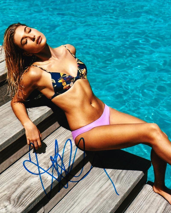 Hailey Baldwin Authentic Autographed 8x10 Photo - Prime Time Signatures - Personality