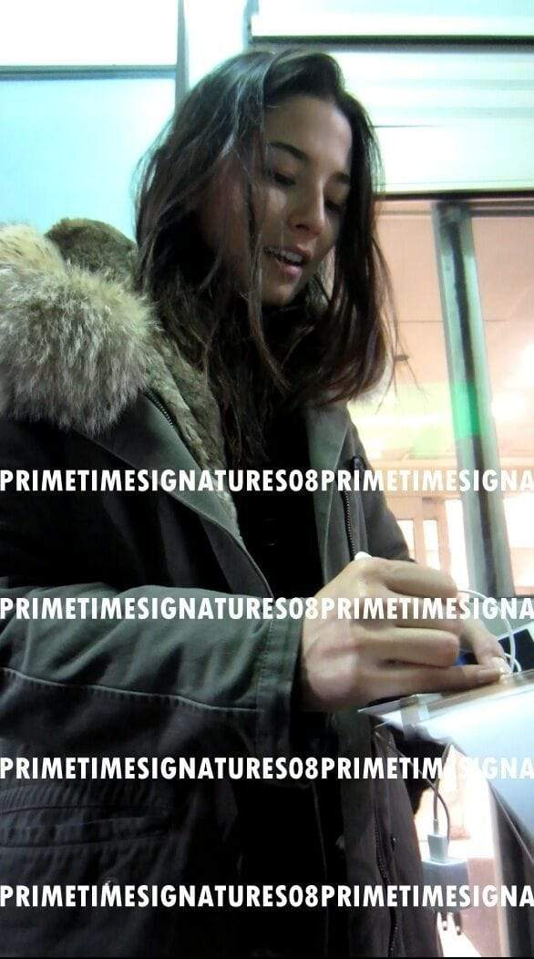 Jessica Gomes Authentic Autographed 8x10 Photo - Prime Time Signatures - Personality