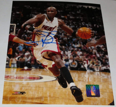 Lamar Odom Authentic Autographed 8x10 Photo - Prime Time Signatures - Sports