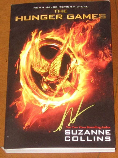 Liam Hemsworth Authentic Autographed 'The Hunger Games' Soft Cover 1st Edition Book - Prime Time Signatures - TV & Film