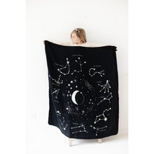 Load image into Gallery viewer, REVERSIBLE QUILT - astrology
