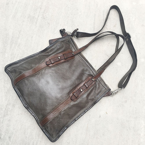 Vive La Difference/Black brown Tote - OBEIOBEI