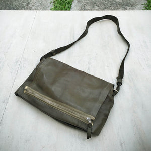 Delle Cose/Military Green soft shoulder bag - OBEIOBEI