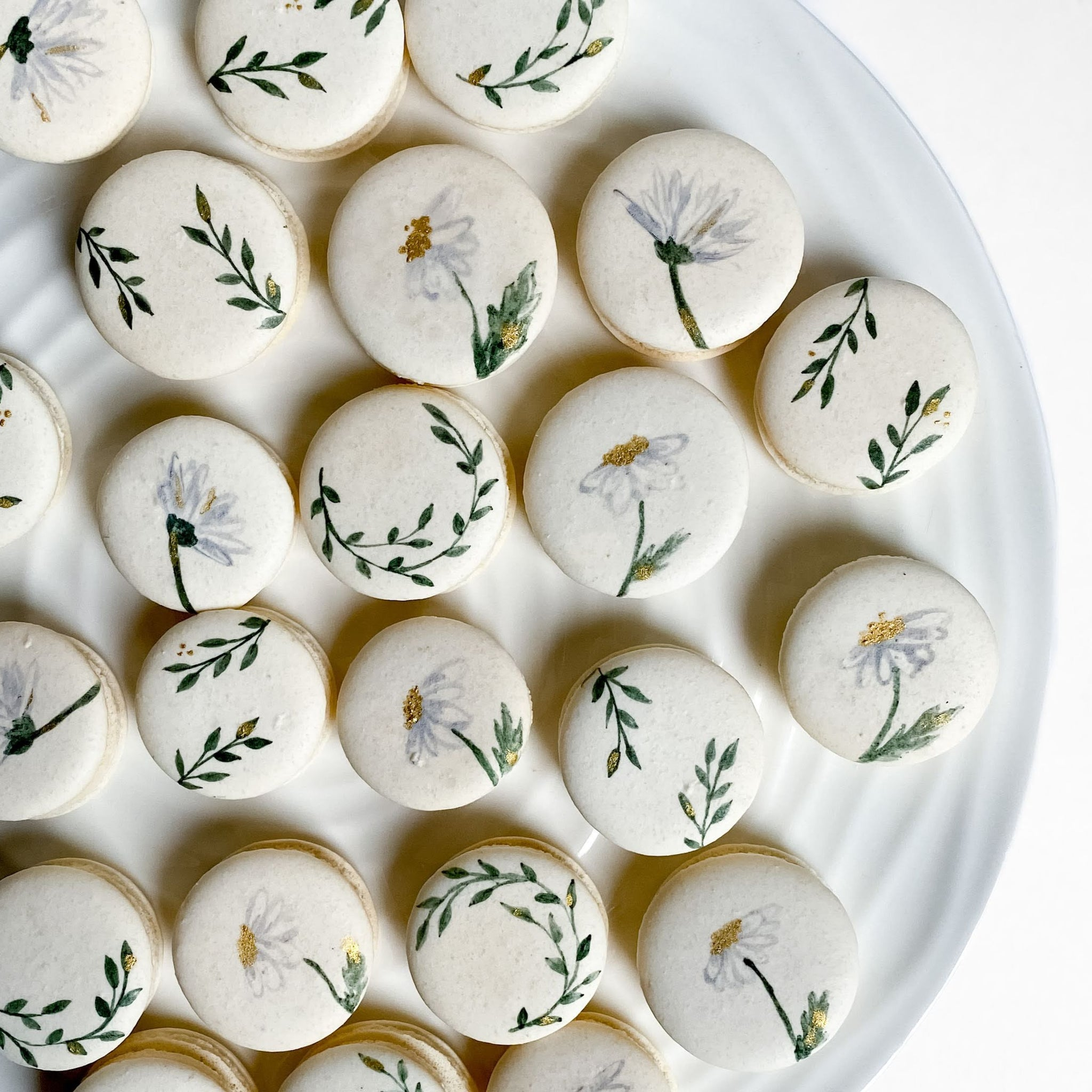 Daisy macarons, leaves