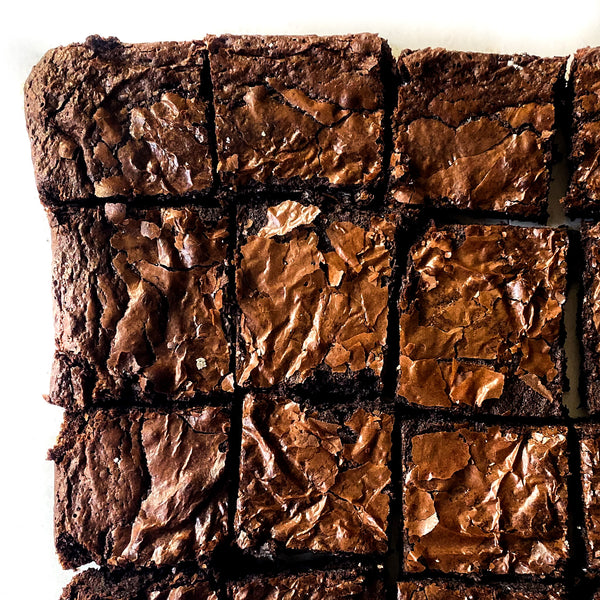 With perfectly crinkley tops and chewey centres, our Lindt chocolate brownies are a firm favourite