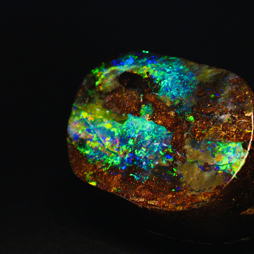 Gem boulder opal - desk piece