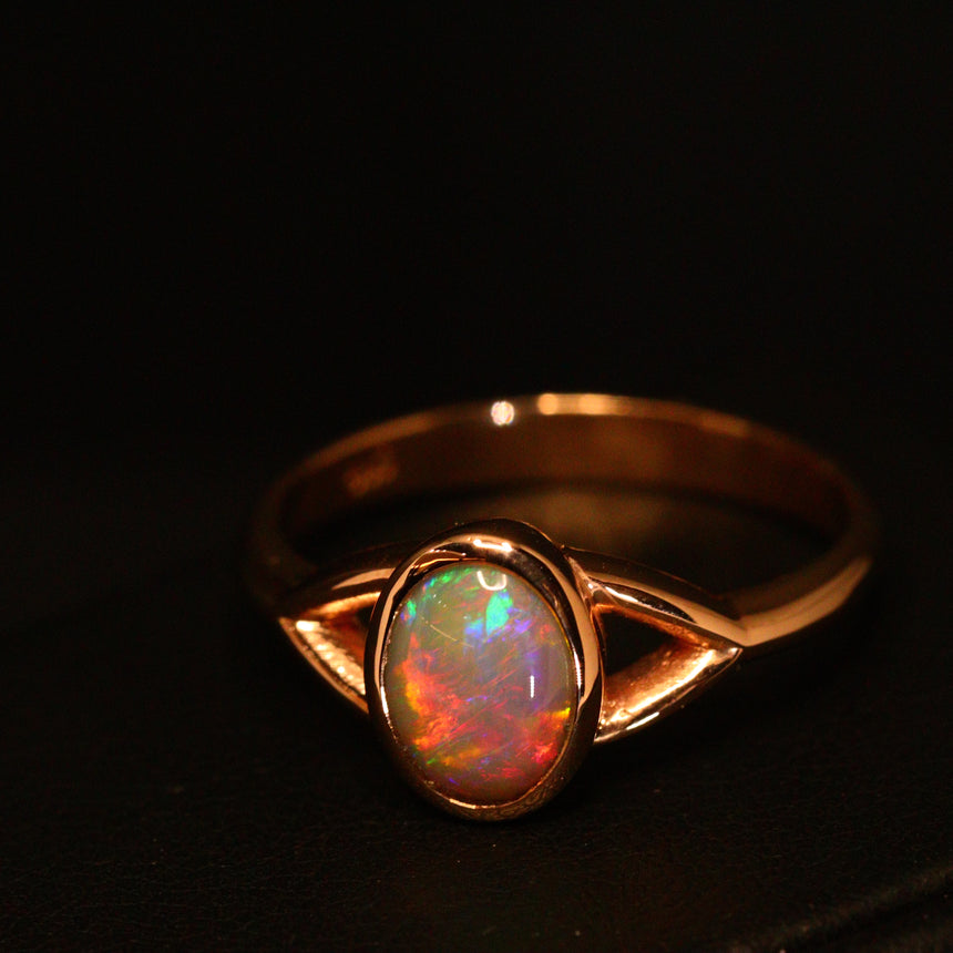 Lightning Ridge opal & 14ct rose gold ring