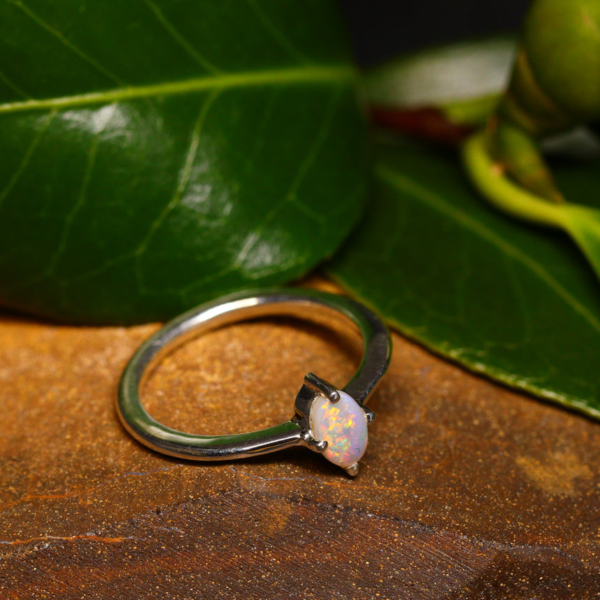 Lightning Ridge opal & bright 925 silver ring