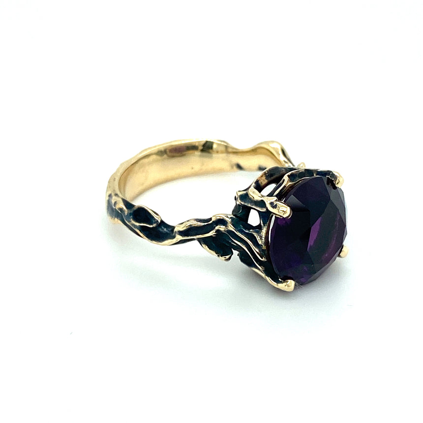 Amethyst & black gold ring