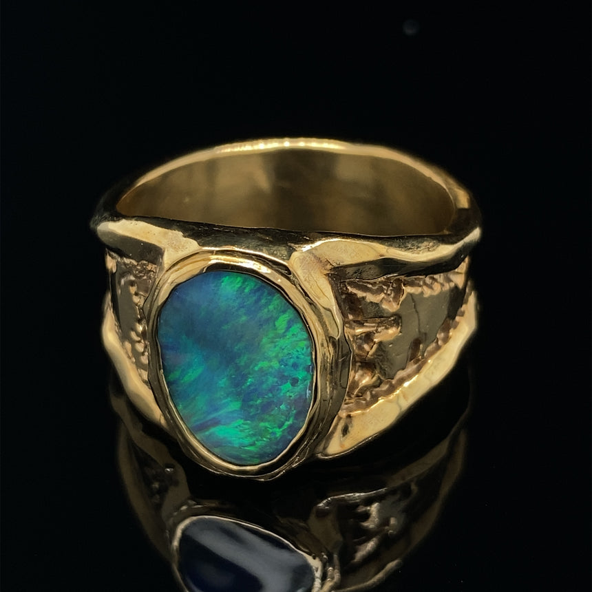Black opal & 9ct yellow gold ring