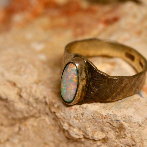 Lightning Ridge opal & oxidised silver ring