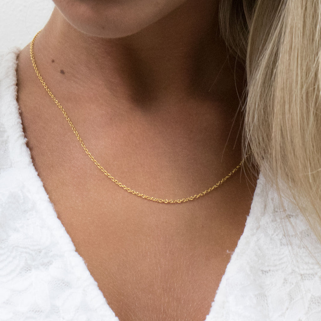 Gold Plated 20 inch Pendant Chain Necklace - Simply Whispers