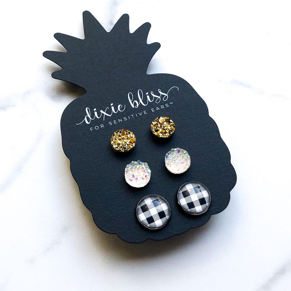 Dixie Bliss Earrings: Holiday Gretchen Pop of Plaid