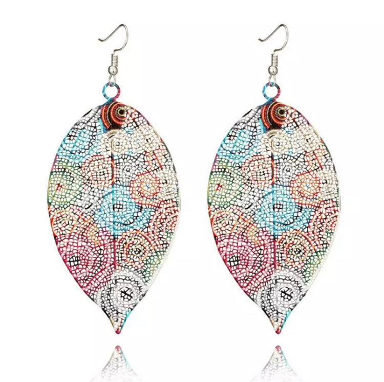 Hollow Feather Leaf Swirl Earrings