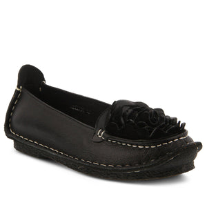 Dezi Slip-On Shoe