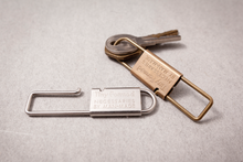 Load image into Gallery viewer, Tiny Metal Key Shackle