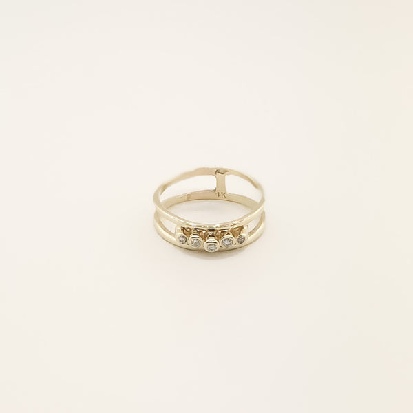 Estate 14kt Diamond Ring