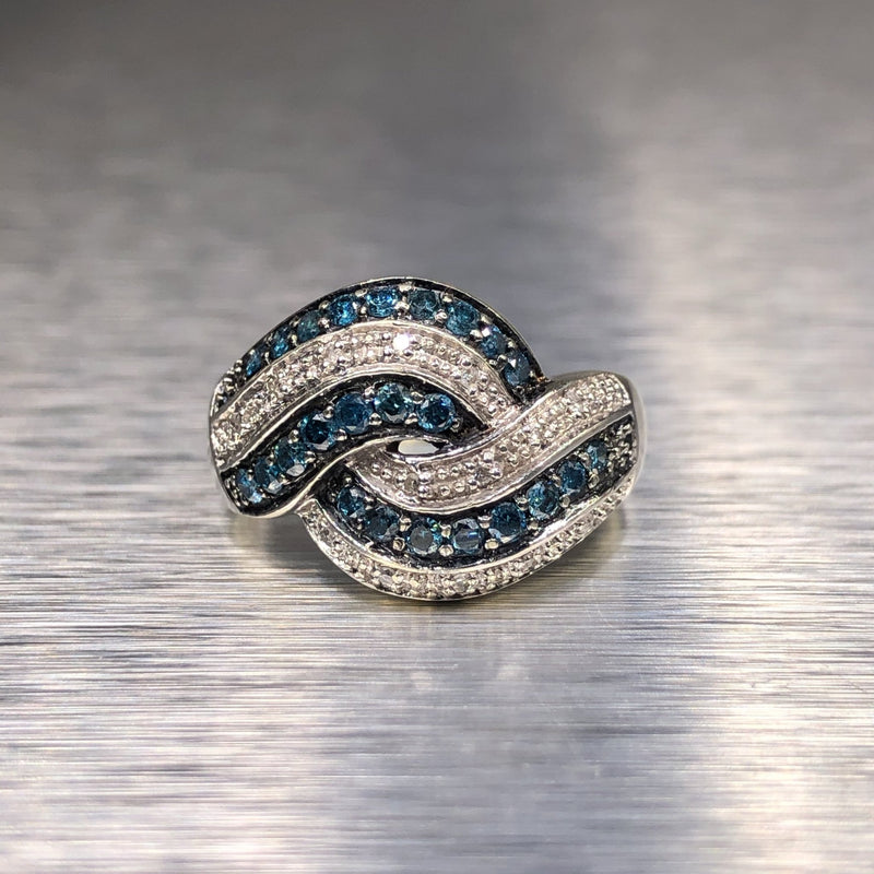 Estate 14kwg Blue & White Diamond Ring - Walter Bauman Jewelers