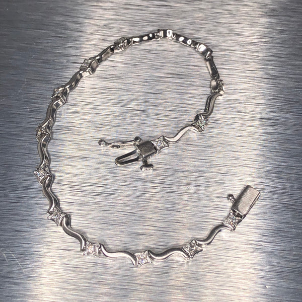 Estate 14kwg Diamond Bracelet