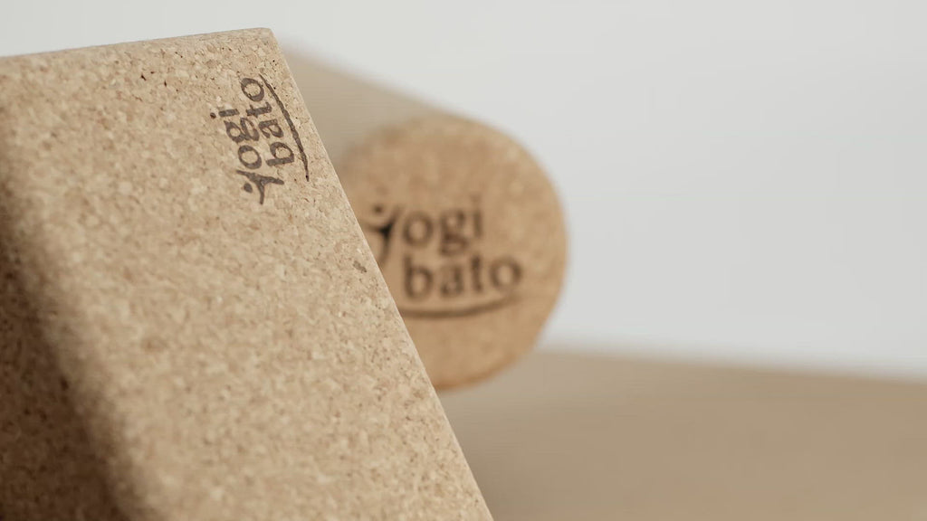 yogibato-yoga-fascia-roller-cork-sustainable-yoga-products