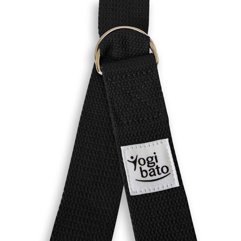 Yogibato Yoga belt in black with logo and 2 D-rings made of metal as buckle