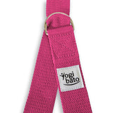 Closed Yogibato Yoga belt in Fuchsia with logo with 2 D-rings made of metal as buckle