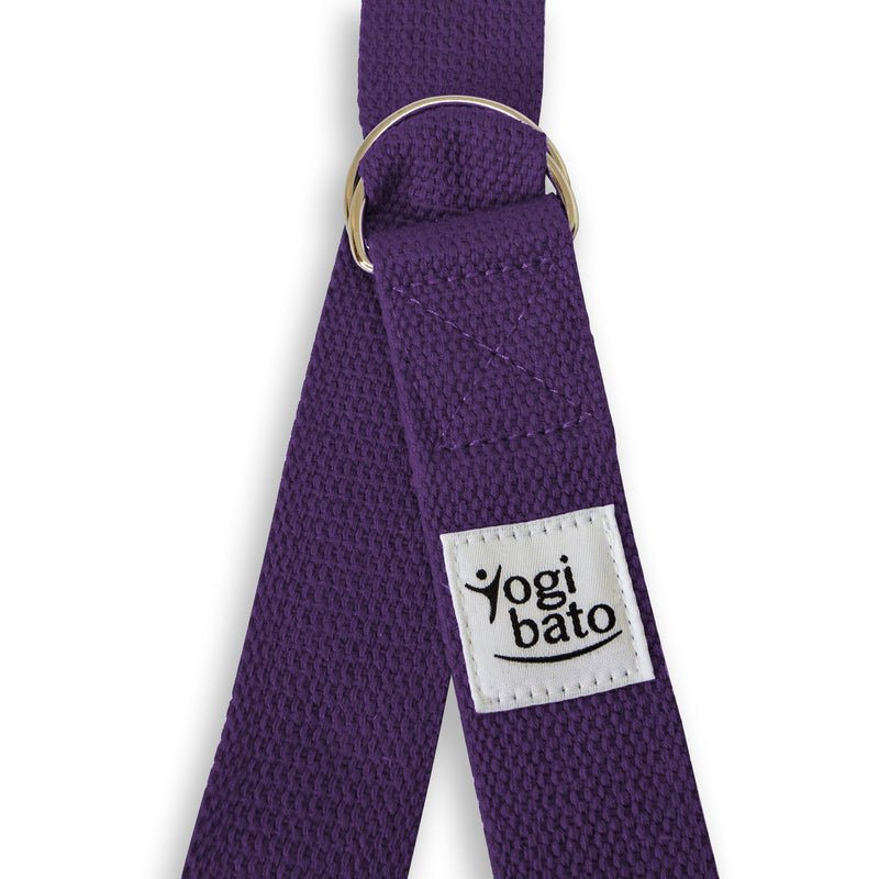Closed Yogibato Yoga belt in Lavender with logo with 2 D-rings made of metal as buckle