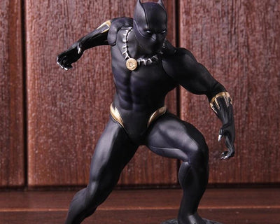 Avengers Black Panther action figures. - Adilsons