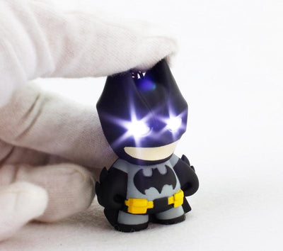 Batman led keychain with sound. - Adilsons