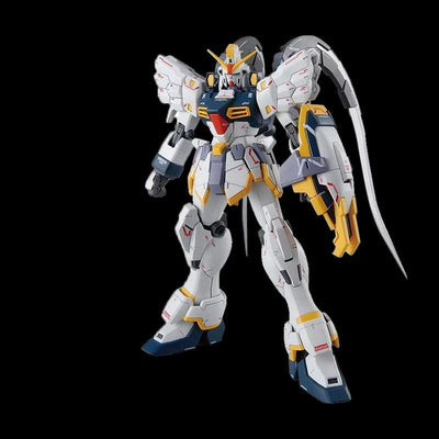 Gundam figurine is bright, original and very high quality. - Adilsons