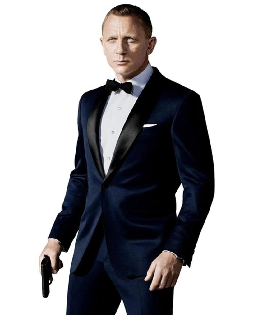 James Bond black suit. - Adilsons