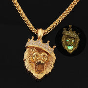 Lion King fluorescent lion necklace. - Adilsons