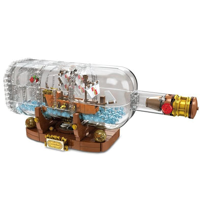 Pirates of Carribean ship in a bottle. - Adilsons