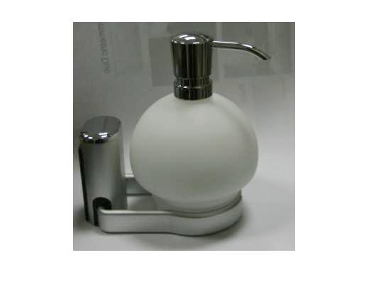 NOVO COLLECTION LOTION DISPENSER WITH CLASS