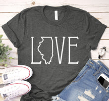 Load image into Gallery viewer, Illinois USA State Love Art Map Traveling Shirt
