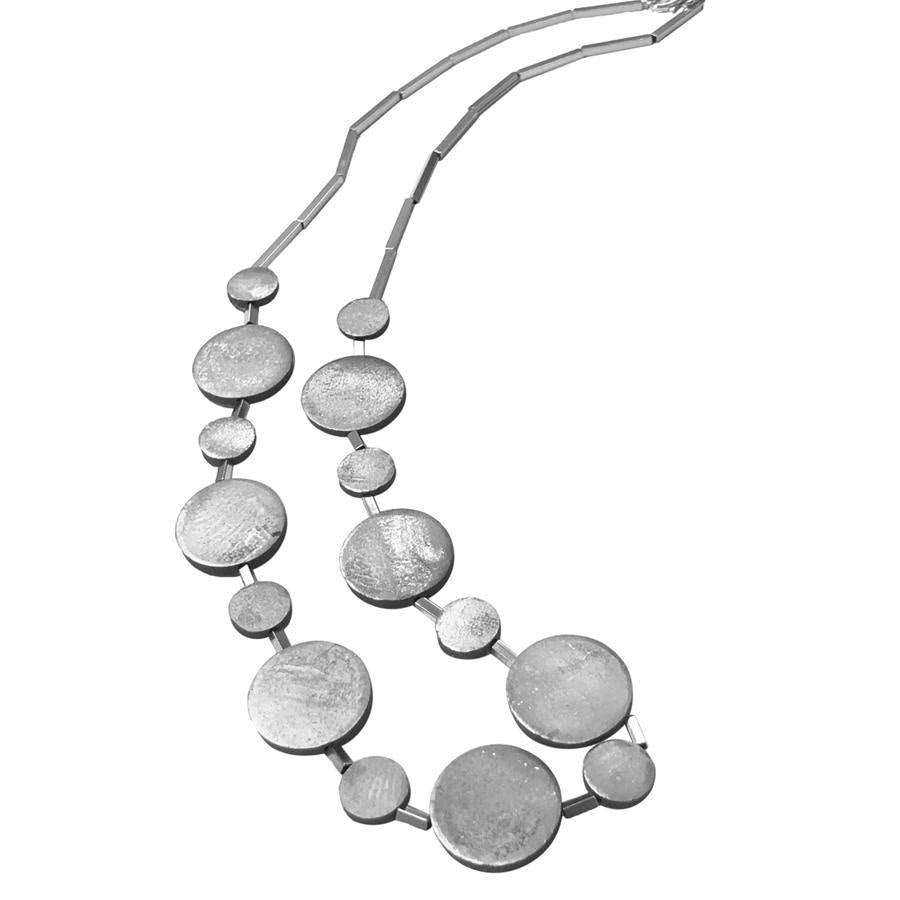 COLD CERAMIC CIRCLES LONG NECKLACE - SILVER