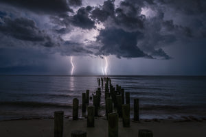 Pilings Light show