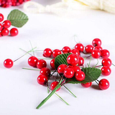 100 Pcs Red Berries for Christmas Decorations
