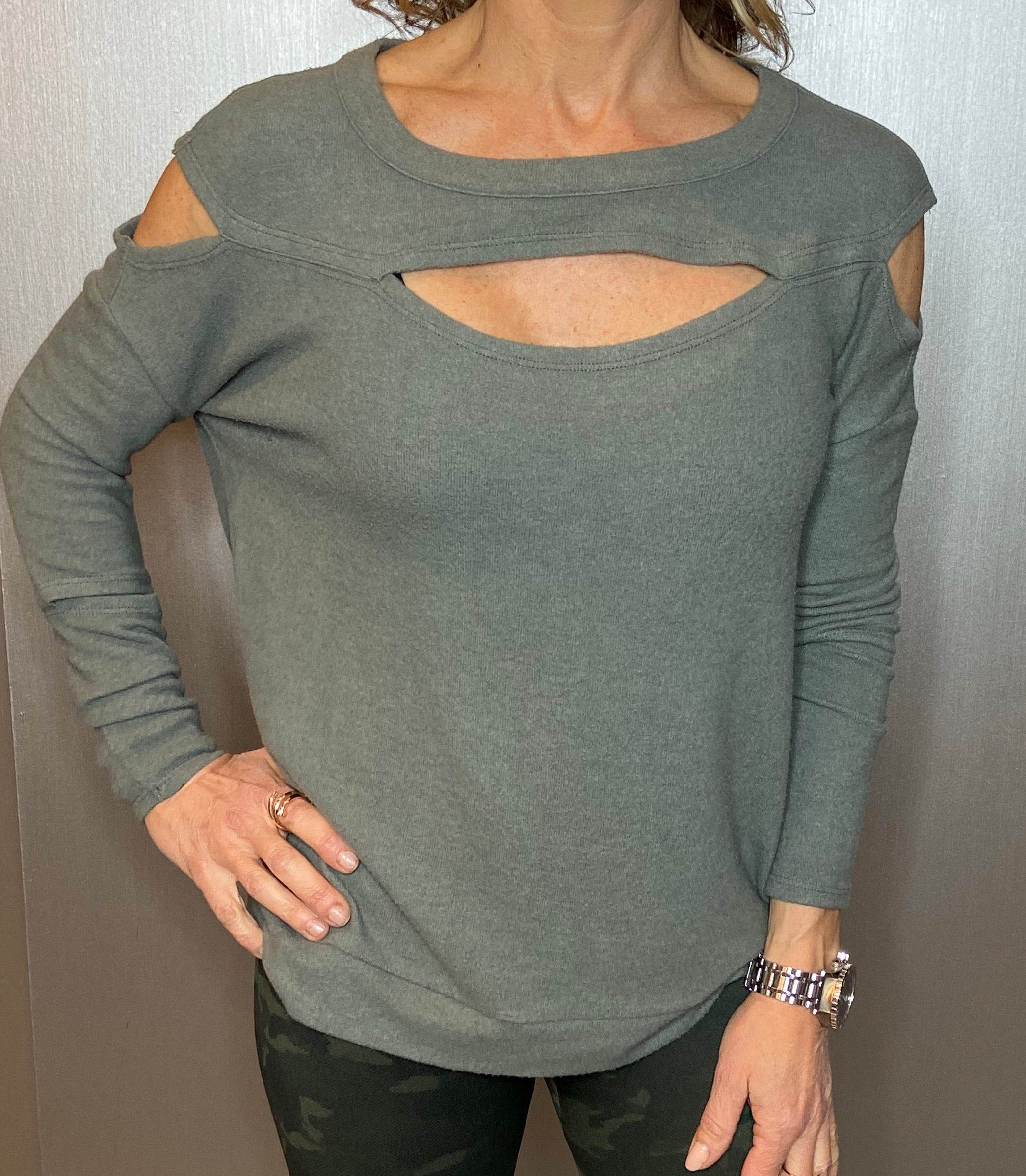 Cutout love knit top