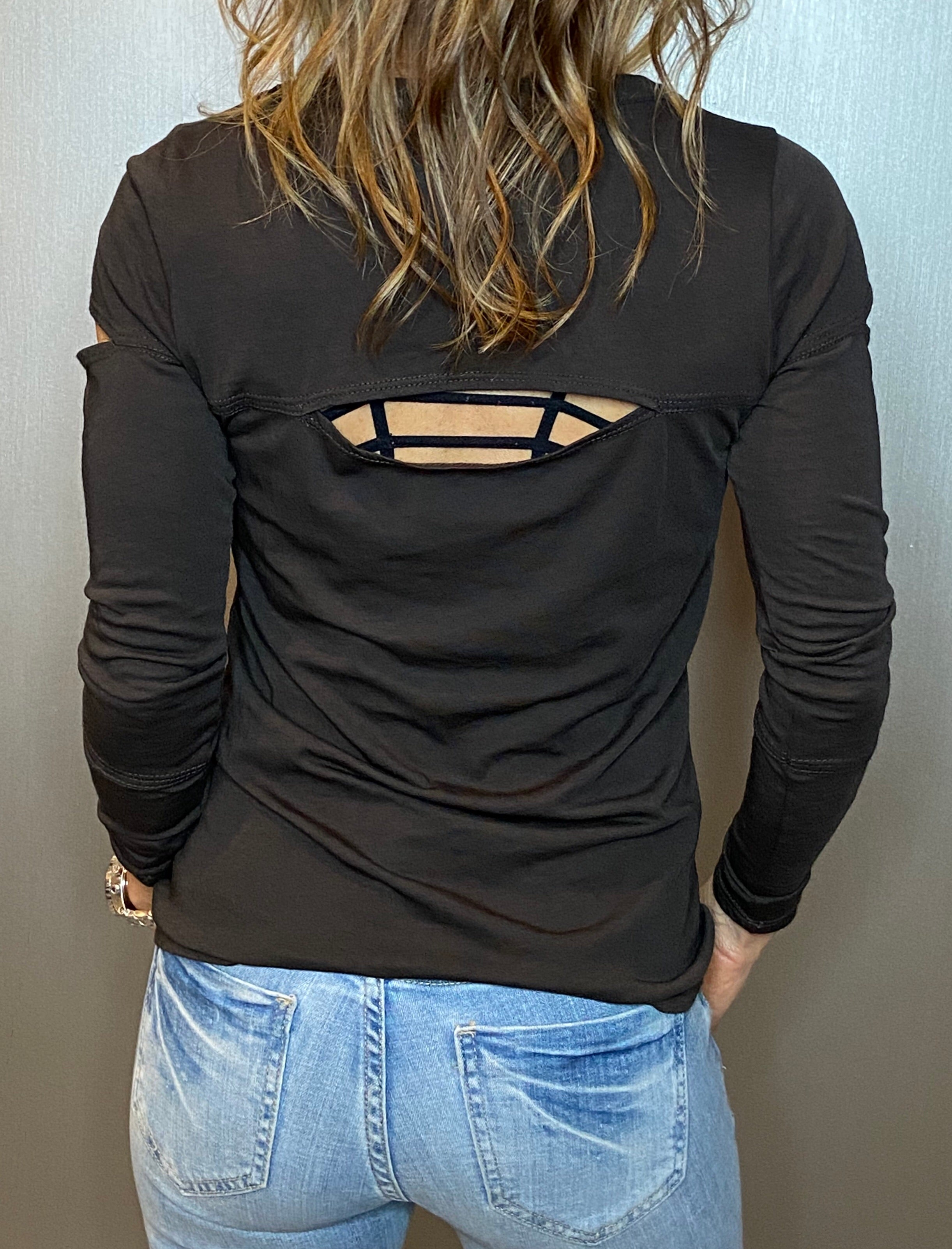 Cut out long sleeve tee