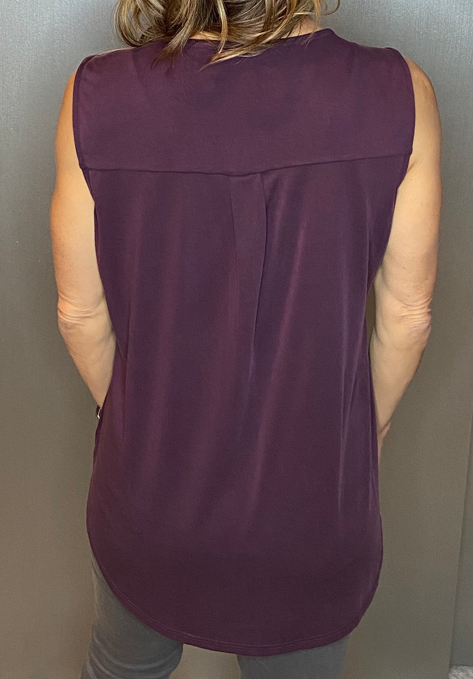 Sleeve less top