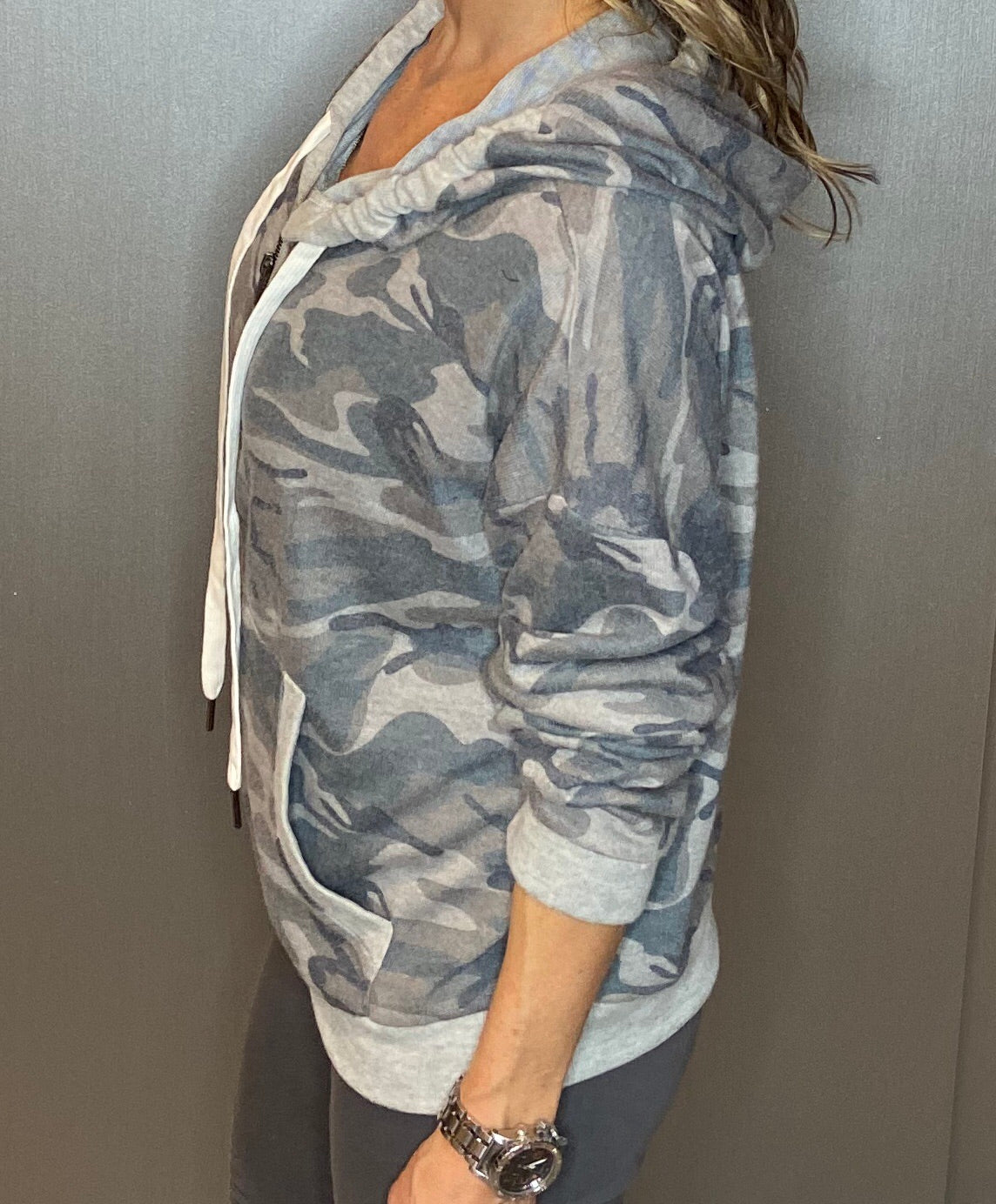 Camo dolman zip-up