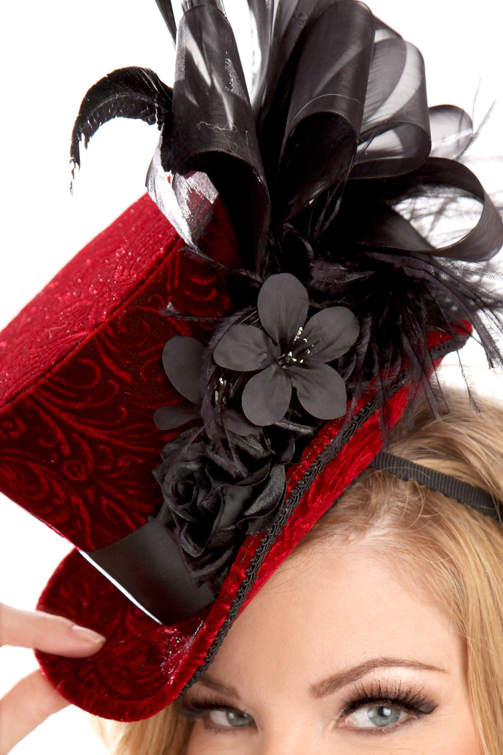 Velvet Courtesan Hat