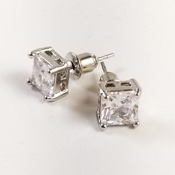 Earrings - princess cut square stud