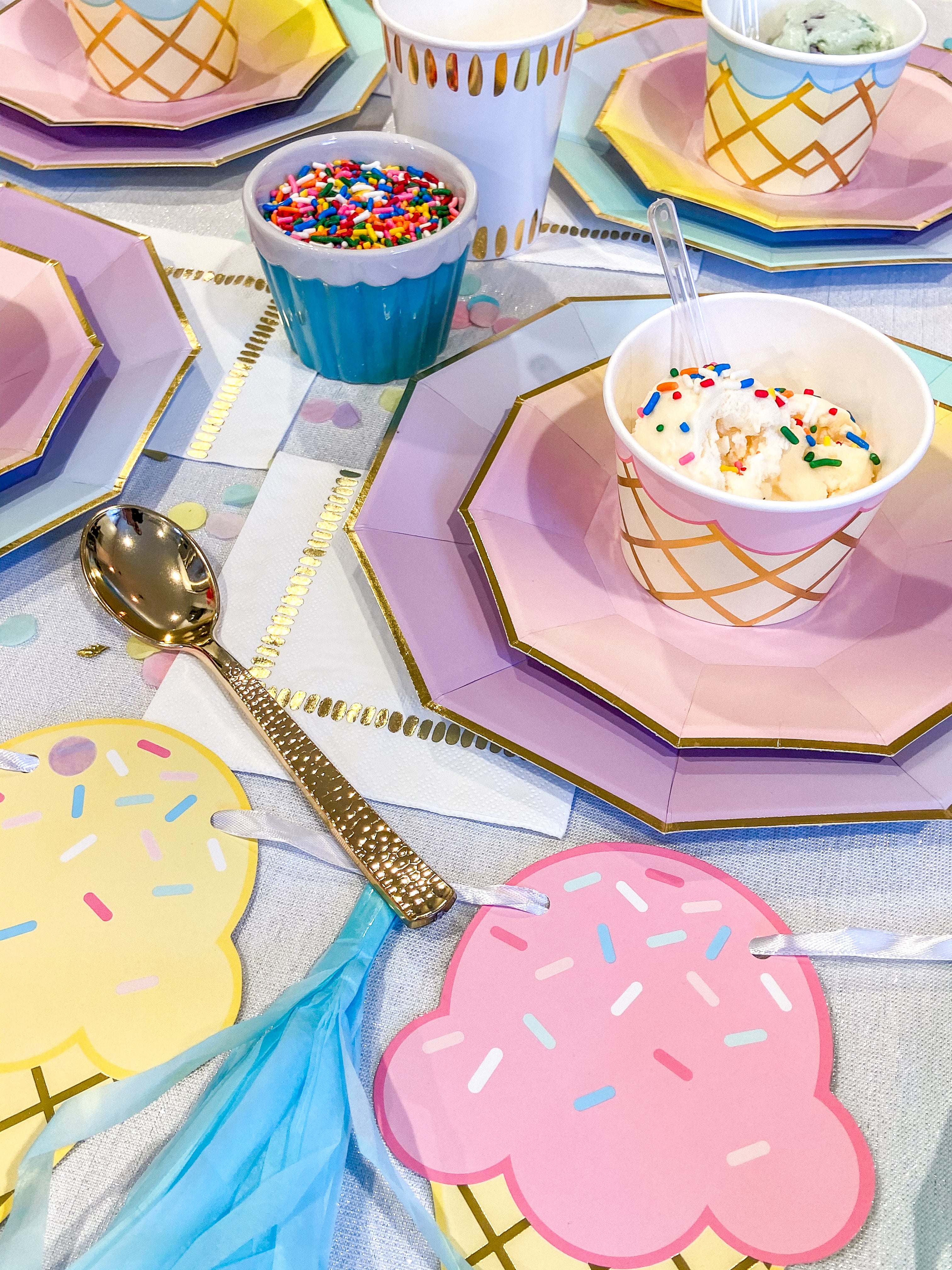 Ice Cream Party Treat Cups with Spoons (8)