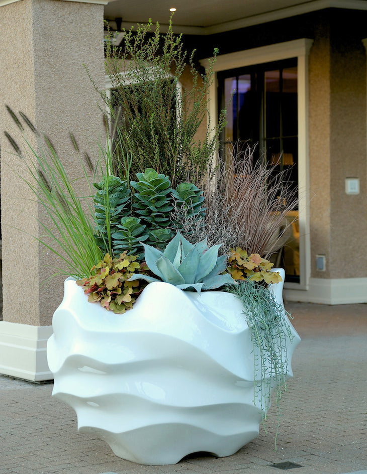 Pot inc plant design feature