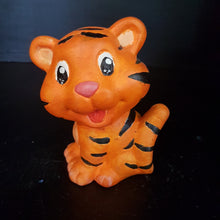 Load image into Gallery viewer, Tiger (Height: 10.5cm)