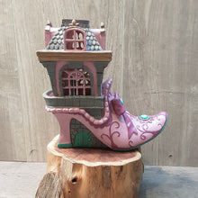 Load image into Gallery viewer, Pink Slipper Chateau