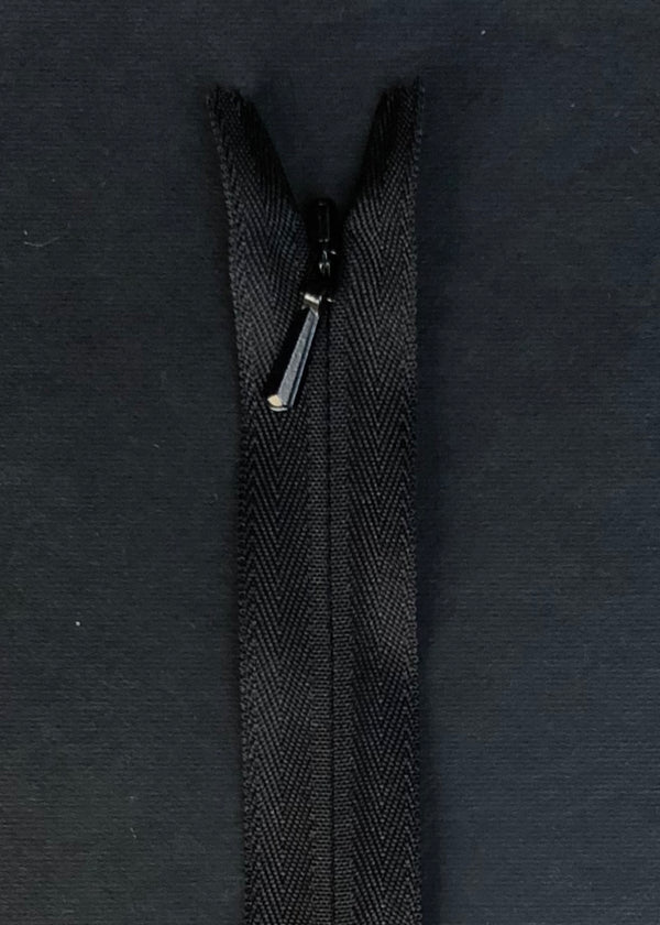 YKK Invisible Zip. Black